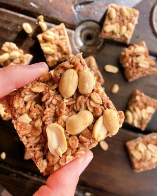 Did you know 👇🏼🤓🥜 ⠀⠀ Studies show that women who eat peanut butter daily lower their heart disease risk by 50% 👊🏼 ⠀⠀ Let me say it a little louder for the seats in the back 🗣 Peanut butter is healthy!!! ⠀⠀ Or is it? ⠀⠀ I spent most of my my life thinking peanut butter was junk food. Of course, the trans fat and sugar laden kind I ate as a kid was just that. And peanuts potentially carry aflatoxins, a cancer causing agent produced by mold that frequent grows on peanuts, corn and cottonseed. 🥴 ⠀⠀ In fact, rodent studies indicate ingesting this mold increases their risk for liver cancer. 😬 ⠀⠀ So is it safe to eat them? 🤔 Well in recent years, due to concerns over this exact problem, the FDA tightened its regulations on peanut butter so the amount of aflatoxins that are allowed are highly regulated. So products produced in the US are theoretically no longer a problem. ⠀⠀ But if you are worried about it, there are some compounds you can take to help mitigate any exposure you may have: chlorophyll (think spinach or algae), milk thistle, dandelion, and marshmallow root. ⠀⠀ As you can see I still eat peanut butter because it's my favorite thing on the planet. 😋 I mean, I'm pretty sure I could live off of peanut butter 🥜, chocolate🍫 and wine🍷. 😂🤷🏻♀️ #justsayin ⠀⠀ And if I didn't scare you away yet (😂 Sorry!) these super simple and perfectly chewy 🥜🍓PBJ BARS🍓🥜 have only a few simple ingredients: sprouted oats, peanut butter, coconut oil, strawberry jam, coconut sugar and peanuts. ⠀⠀ ✨The recipe is saved to my stories for you to screenshot if you love peanut butter too ✨ ⠀⠀ I'm taking them with me camping this weekend 🏕 (if they last that long.) ⠀⠀ Now you tell me, are you team peanut butter? Or team almond butter? . . . . . #peanutbutterforlife #campingrecipes #campingfood #holisticnutrition #healthysnacksforkids #peanutbutterlover #glutenfreerecipes #healthysnacks #plantbasedrecipes #nutritiontips ⠀⠀ ⠀⠀